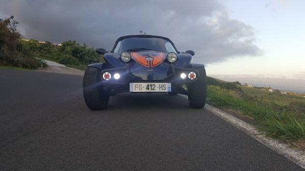 buggy sur la route