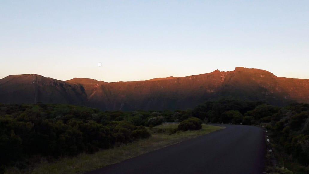 route goudronnée volcan
